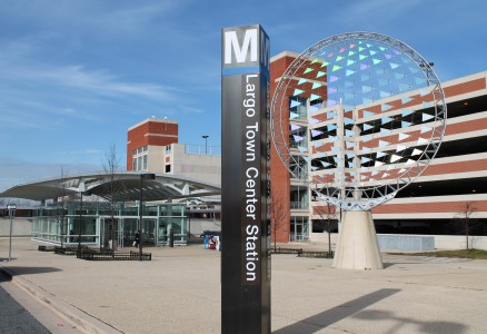 "WMATA Largo Town Center Station - ""Largo Beacon"" Sculpture  Photographer: Elvert Barnes Source: Flickr https://www.flickr.com/photos/perspective/6609467511 Used under Creative Commons license 2.0 https://creativecommons.org/licenses/by/2.0/ (Please do not redistribute without maintaining attribution)"